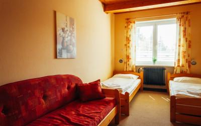 Room 1-9c